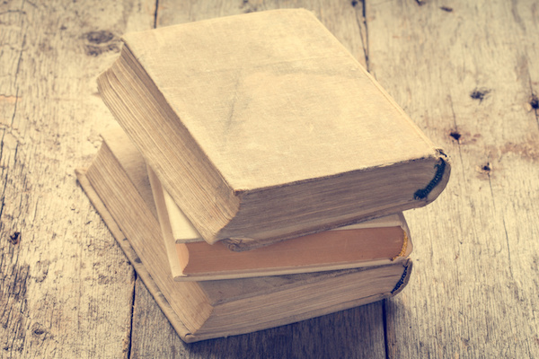 Why Hypnotherapists Need To Read More Books – And Adam's Top Ten Hypnotherapy Books
